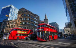 """3 סיבות מדוע כדאי להשקיע בנדל""""ן בלונדון"""