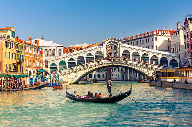 """השקעות נדל""""ן באיטליה"""